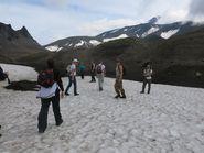 Путники в горах Камчатки