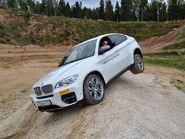 Крутые виражи на BMW