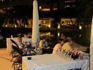 Вечерний отдых в отеле на Бали