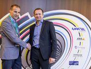 Антон Черепахин с партнерами на «Пятом элементе» в Санкт-Петербурге